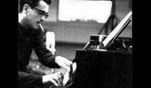 michel-legrand-cours de piano Angers